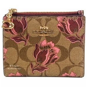 COACH Snap Card Case Wallet in Floral Print